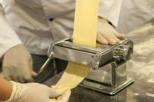 Machine à pâtes facile à démonter pour un nettoyage facile