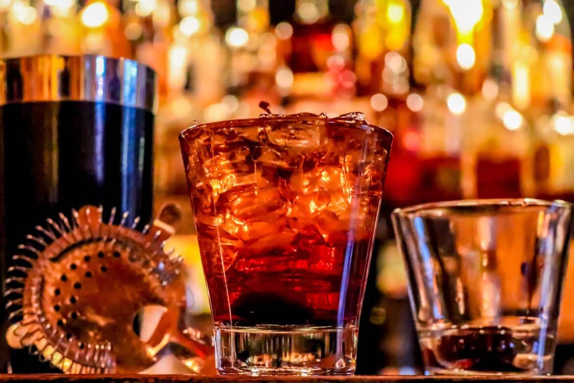 Guide pour ouvrir un bar