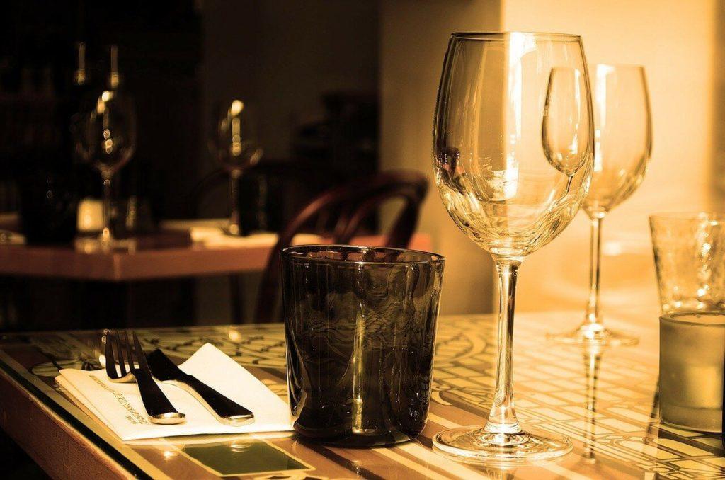Comment céder ou acheter un fonds de commerce de restaurant ?